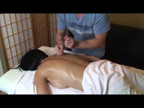 Tapping back massage