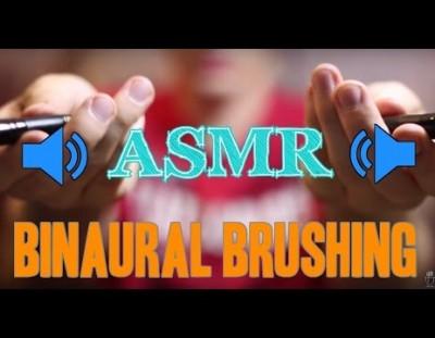 Binaural Brushing Video [Whisper][Brush][Male][Ear to Ear]